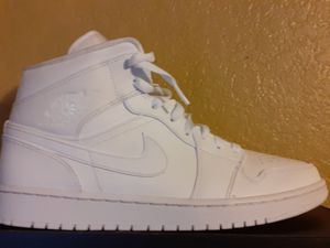 Air jordan 1 MID all white for Sale in Madera, CA