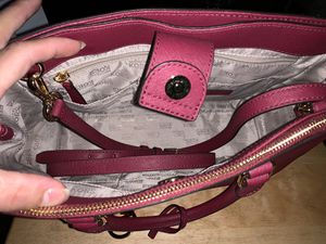 Brand New MICHAEL KORS PURSE 👜 for Sale in Columbus, OH