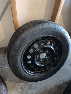 2 used tires 205/65/R16 for Sale in Ontario, CA