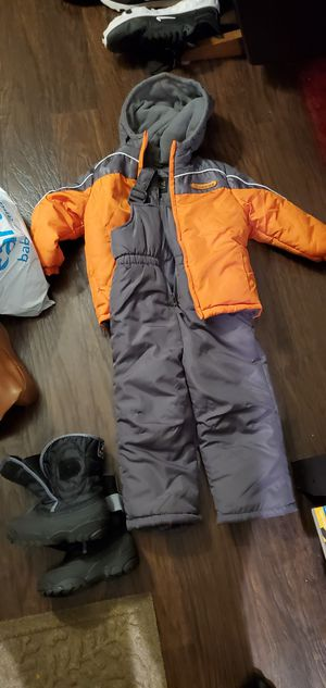 Kids 3T Snow Gear for Sale in San Mateo, CA