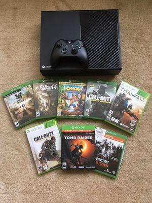 Xbox one bundle for Sale in Arlington, VA