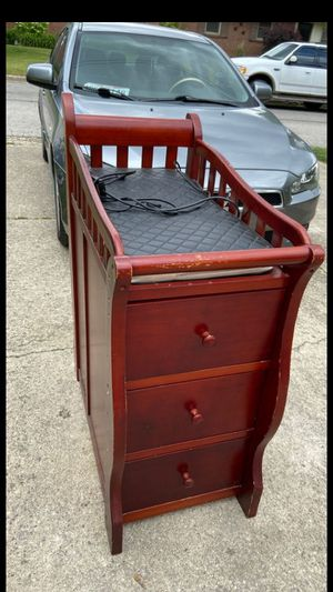 Changing table! Great shape! for Sale in Columbus, OH