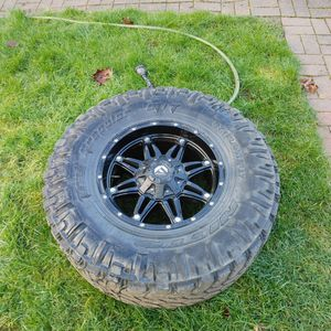 18in Fuel Rims for Sale in Kirkland, WA