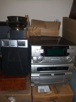 Emerson record player dual cassette player and 6 CD player four speakers included for Sale in Warwick, RI