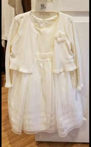 New flower girl dress size 4T for Sale in Santa Ana, CA