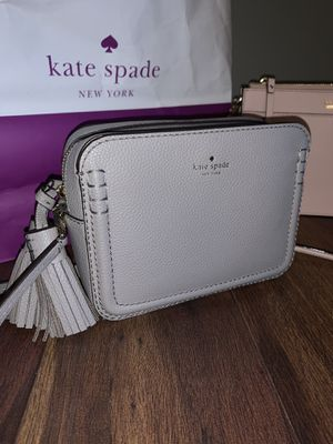 Kate Spade Gray Crossbody for Sale in Elk Grove Village, IL