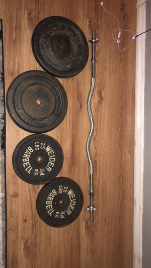 Weights plus curling bar for Sale in Clearwater, FL
