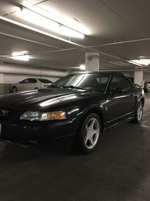 1999 Ford Mustang convertible for Sale in Santa Monica, CA