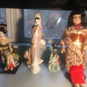 Chinese Ceramics 25 Takes All Vintage for Sale in Cranston, RI