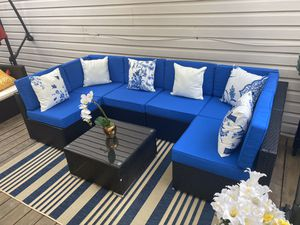 New in box 7 pc patio sectional with cushions for Sale in Austin, TX