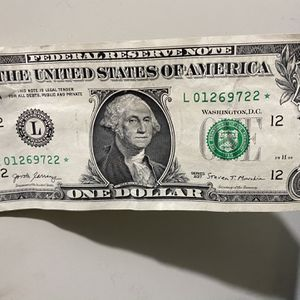 Star Note Dollar Bill L01269722 for Sale in Carrollton, TX