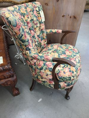 Chair Floral Antique 🌈 Another Time Around Furniture 2811 E. Bell Rd for Sale in Phoenix, AZ