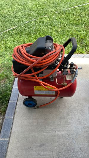 Air compressor 4 hp 10 Gallon looks like new works perfect first 80.00 takes it for Sale in Buena Park, CA