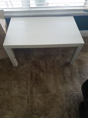 Coffee table for Sale in Haines City, FL