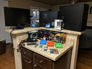 Computer components (negotiable prices) for Sale in Tallahassee, FL