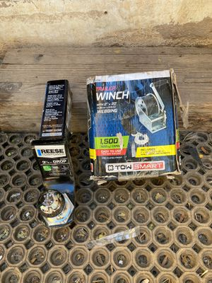 """REESE 2"""" TOE HITCH AND WINCH SET for Sale in Mesa Grande, AZ"""