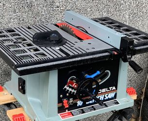 """DELTA 10"""" Portable Table Saw - EXCELLENT Condition . for Sale in Seattle,  WA"""