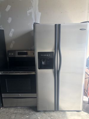 Waaooo stainless stainless appliances set for Sale in Margate, FL