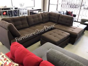 New Black Coffee Fabric Reversible Sofa Sectional Couch & Ottoman for Sale in Orange, CA