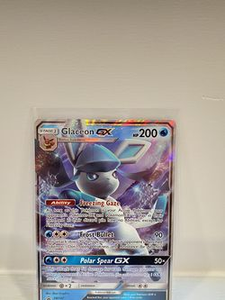 Glaceon GX SM147 Full Art Pokémon Card for Sale in Hollywood,  FL