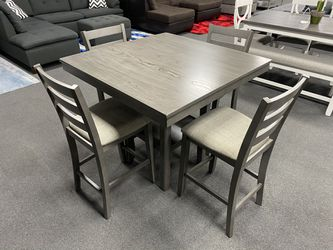 5-pc dining set ON SALE🔥 for Sale in Fresno,  CA