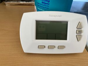 Thermostat for Sale in Puyallup, WA