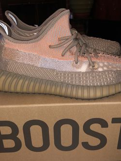 Yeezy 350 V2 Sand Taupe for Sale in Annandale,  VA