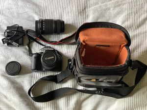 Canon EOS Rebel T2i DSLR Camera with bag + Zoom lens for Sale in Poway, CA