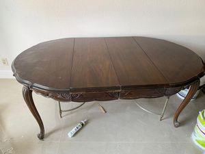 Free Table for Sale in Hollywood, FL