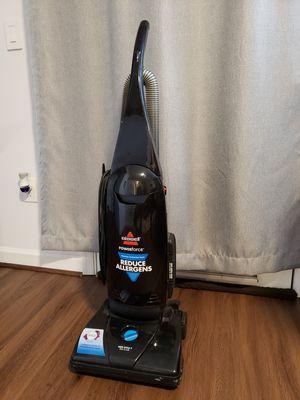 Bissel vacuum cleaner reduce allergens. for Sale in Rockville, MD