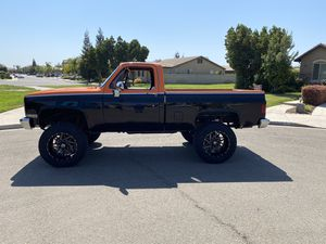 1984 Chevy 4x4 c10 / k10 for Sale in Fresno, CA