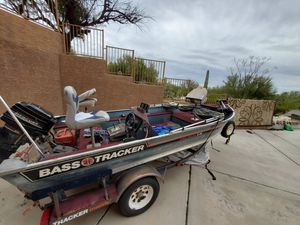 Bass Tracker Aluminum boat with trailer for Sale in Tucson, AZ