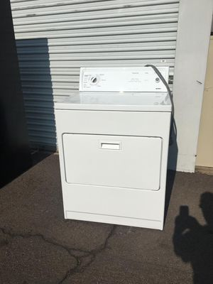 Kenmore dryer, in good condition works Everything very well clean and pleasant one month warranty deliver available for Sale in Tempe, AZ