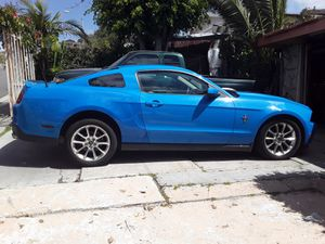 Ford mustang 2010 for Sale in San Diego, CA