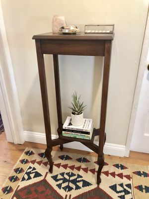 Vintage Side Entry Table Plant Stand Bookcase for Sale in Los Angeles, CA