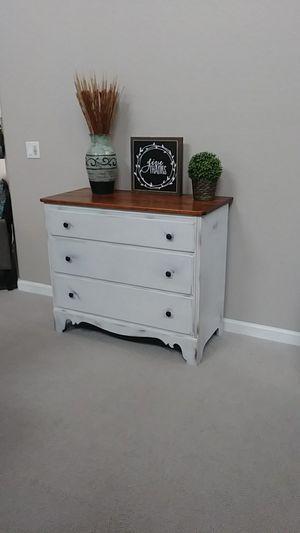 Antique Whitney Heirloom Farmhouse Decor Dresser for Sale in Maricopa, AZ