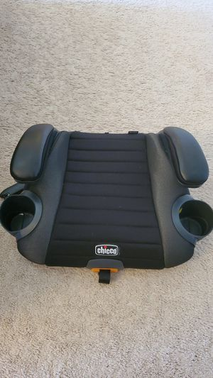 Chicco® GoFit Plus Backless Booster Car Seat in Iron for Sale in Renton, WA
