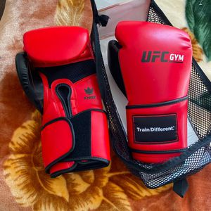 BRAND NEW UFC Boxing Gloves! 16oz for Sale in Anaheim, CA