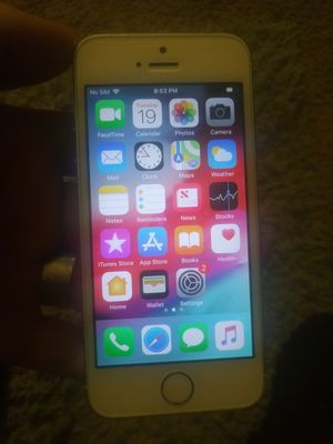 IPhone 5s like new for Sale in Holyoke, MA