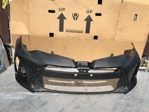 2017-2018 TOYOTA COROLLA SPECIAL EDITION FRONT BUMPER OEM for Sale in Los Angeles, CA