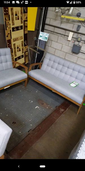 Home and Garden Sofa and Love Seat Set for Sale in Des Plaines, IL