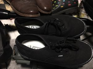 Vans size 8 81/2 for Sale in Bartow, FL