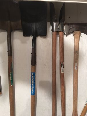 Assorted lawn and garden tools for Sale in Hurst, TX