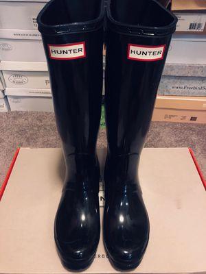 Woman's hunter rain boots for Sale in Fontana, CA
