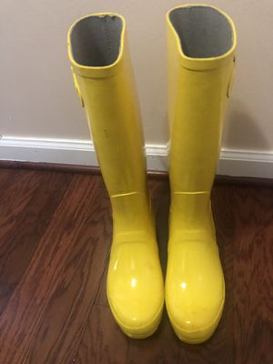 Yellow Rain Boots for Sale in MONTGOMRY VLG, MD