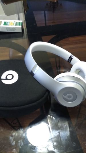 Beats solo for Sale in New Haven, CT