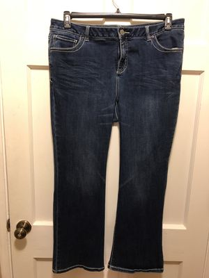 Women's plus size jeans for Sale in La Mesa, CA