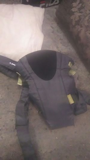 Infantino front baby carrier for Sale in Severn, MD
