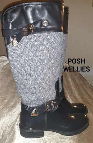 Posh knee high boots for Sale in New Haven, CT