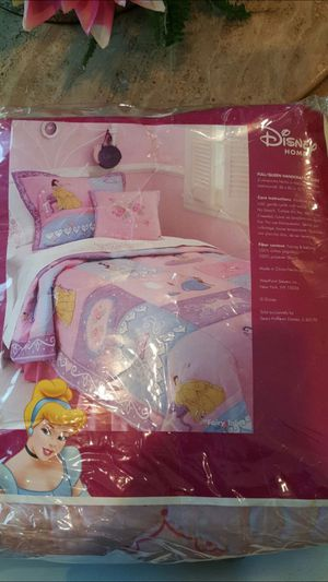 🌸Full/Queen 🌸HANDCRAFTED QUILT BRAND NEW for Sale in Cerritos, CA